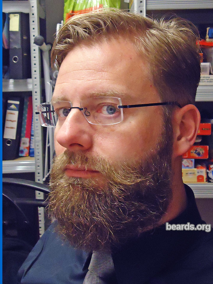 William, beard photo 1