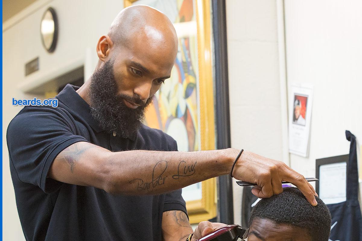 Virgil, barber beard image 4